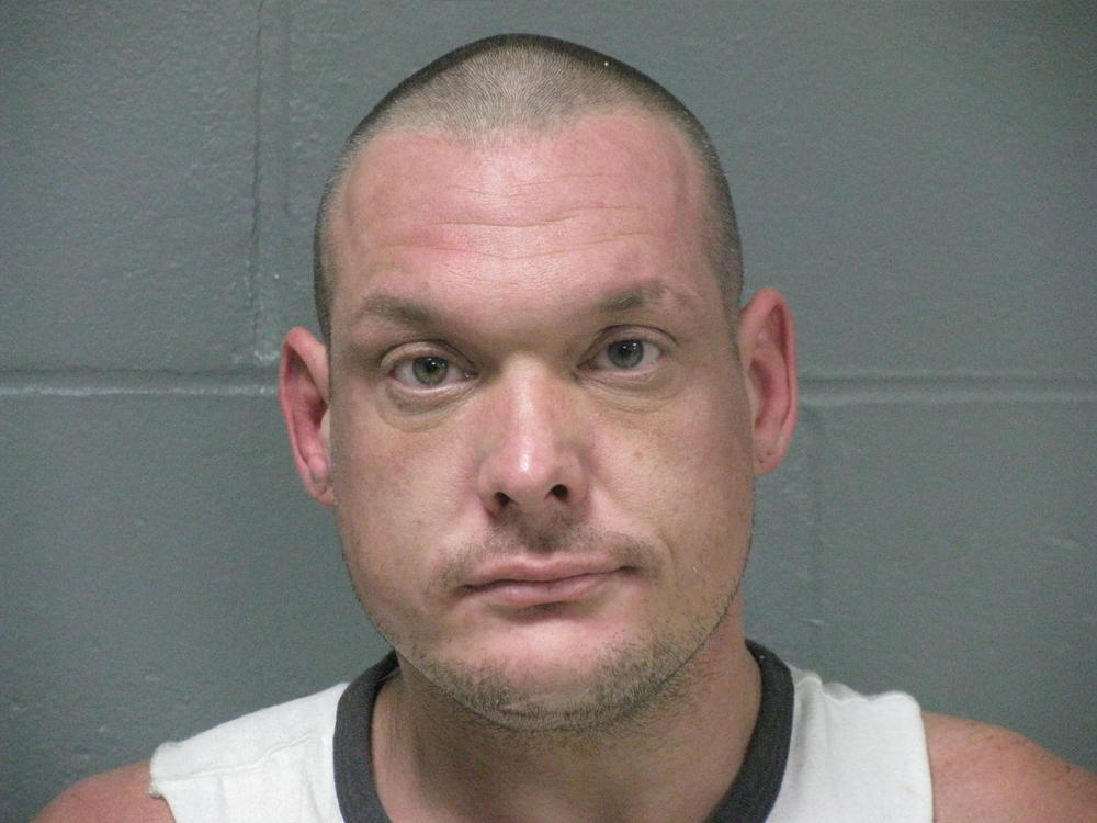 Drug and Warrent Arrest - Press Releases - Camden County